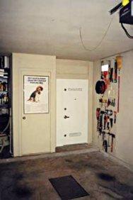 garage-safe-1