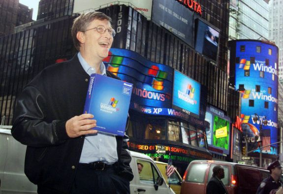 Bill Gates in Times Square announcing Windows XP in 2001