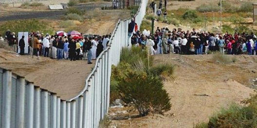 border_wall_rush_by_illegals