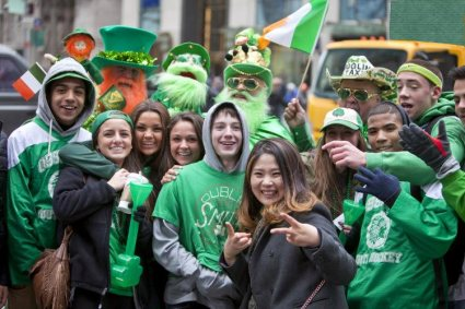 st_patricks_day_revelers