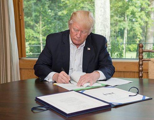 President_Trump_Camp_David_2017