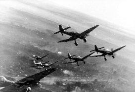 Stukas_diving_on_Stalingrad