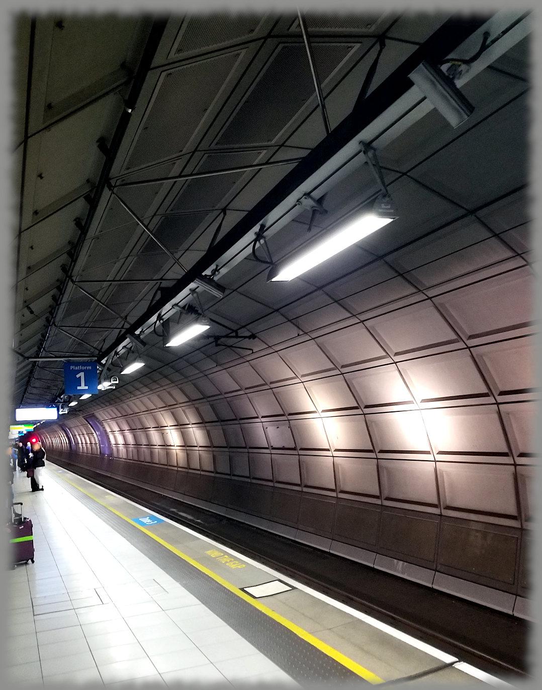 Heathrow-tube-4a